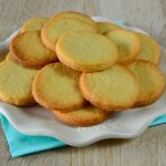 Childhood memories: Dutch zandkoekjes