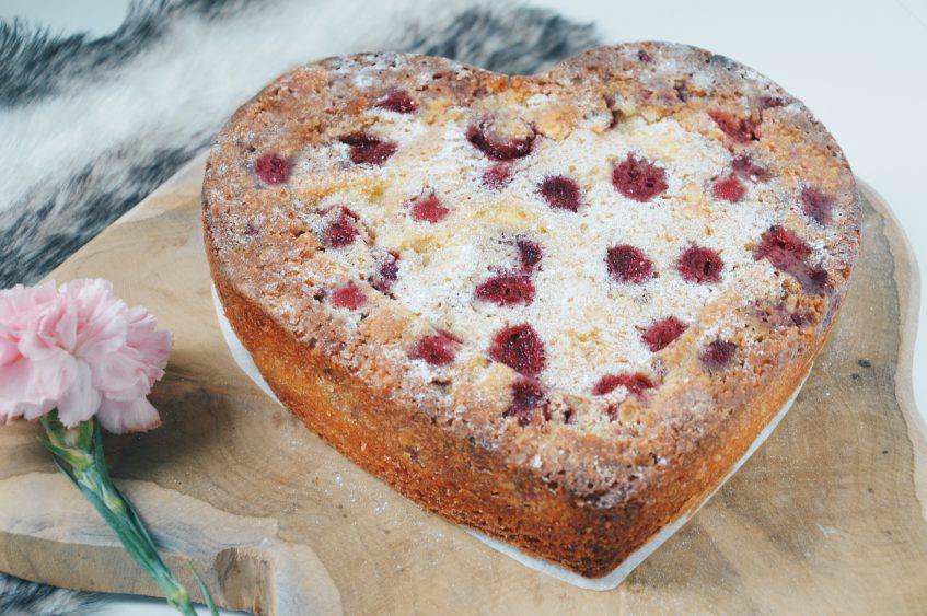 Sweet Valentine: witte chocoladecake met frambozen