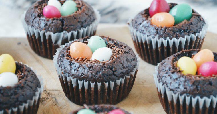 (Nederlands) Pasen: muffinnestjes met paaseieren