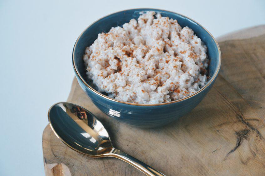 (Nederlands) Rijstepap met kokosmelk en kaneel
