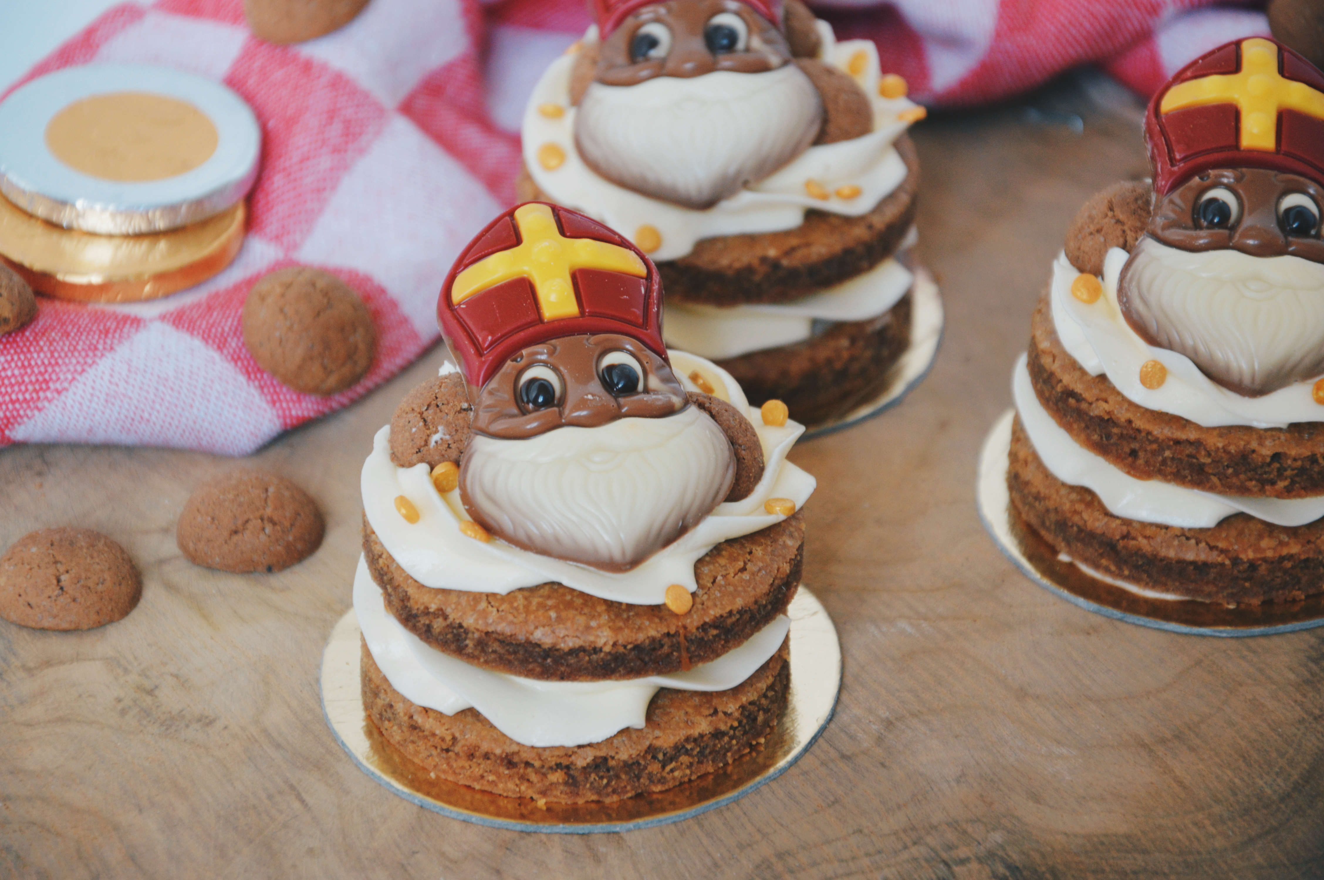 Sinterklaas speculaastaartjes met caramel